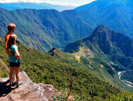 Machu Picchu Huaynapicchu Tour